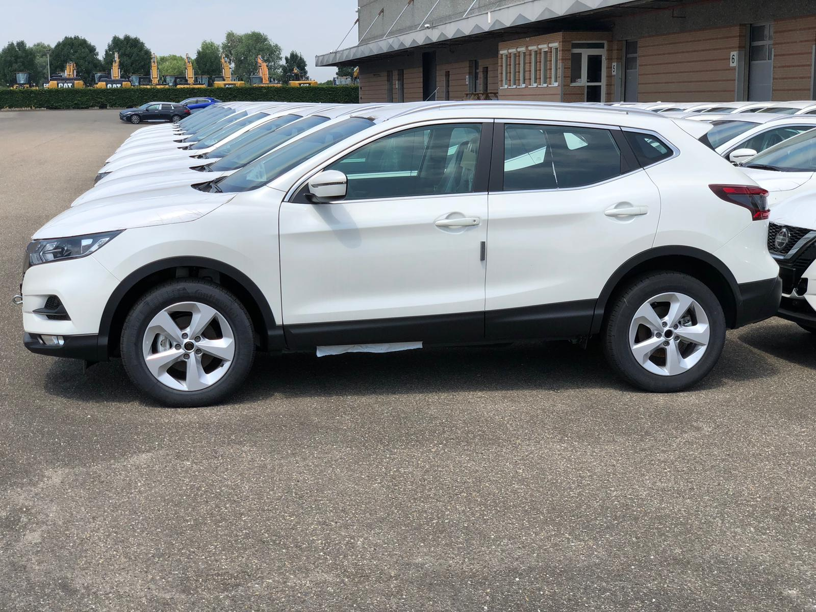 33625 - New 2019 Nissan Qashqai Accenta 1.6 DCI Diesel 2WD Automatic Europe